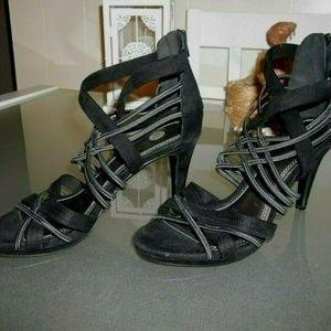 "BRAND NEW SHOES BY STELLA SIZE 8 REG 45.00 4"" HEEL"